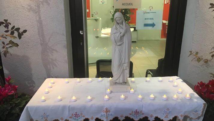 8 décembre, fête de l'Immaculée Conception.