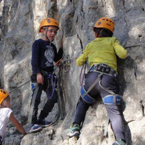 Découverte de l'escalade pour les élèves de CP-CE1